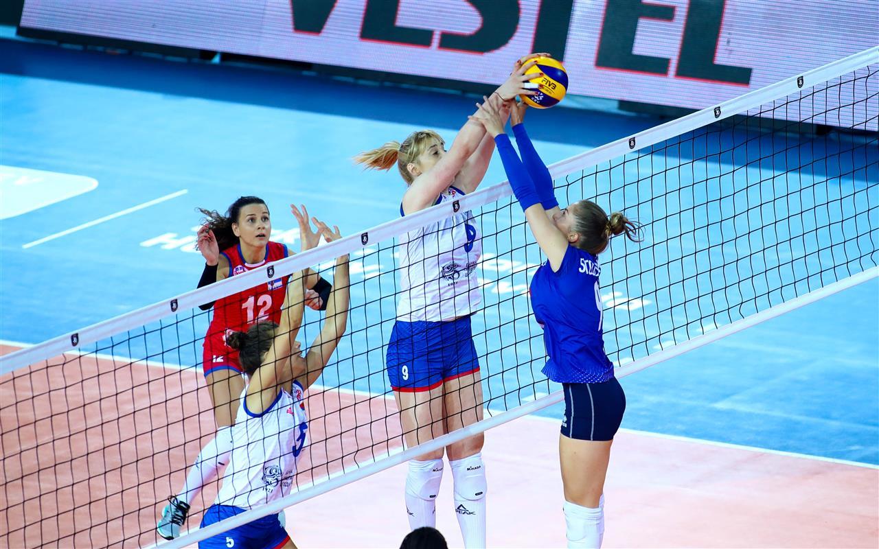 L'Equipe de France Féminine trébuche sur la Serbie mais pas de haut