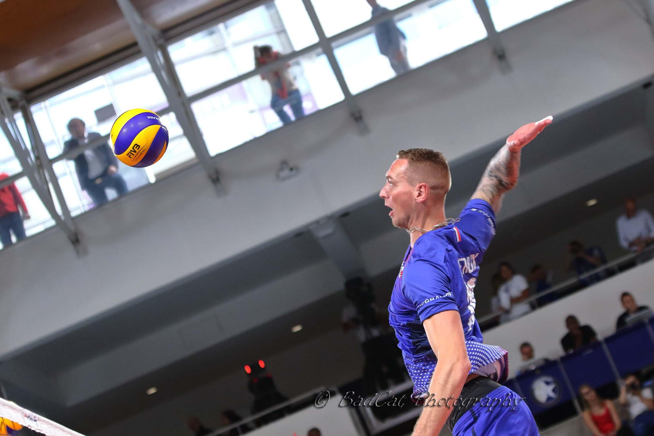 Le Tricolore Kevin Le Roux est interviewé par World of Volley