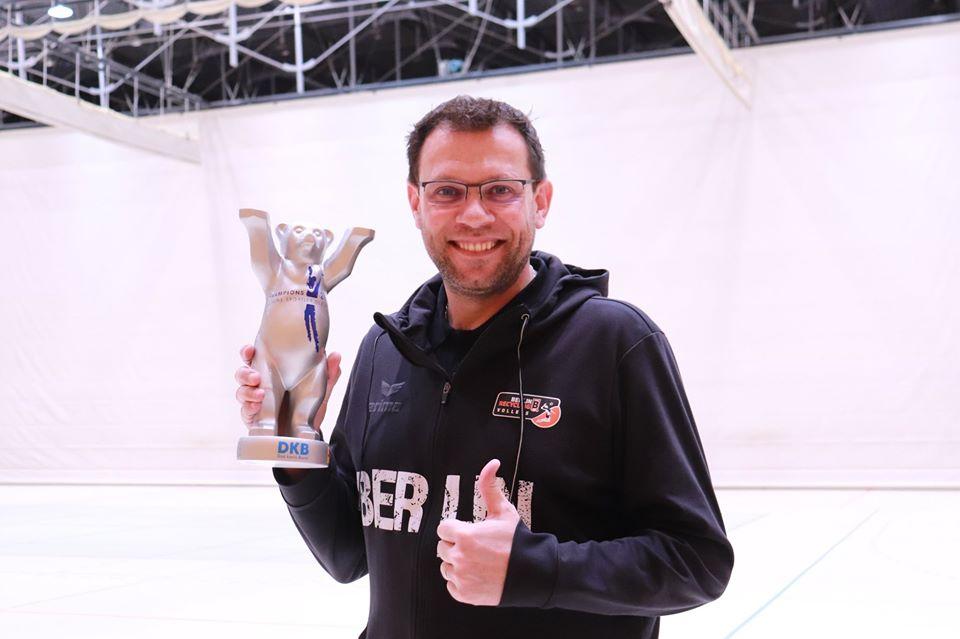 Cédric Enard continue son chemin et prolonge avec Berlin Recycling Volleys jusqu'en 2022
