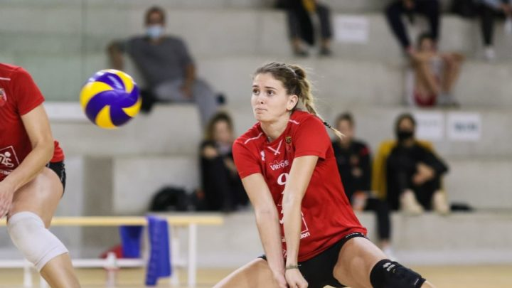 DEF : Léa Gastaut « Une battante » sur le parquet de Vitrolles Sport Volley-Ball
