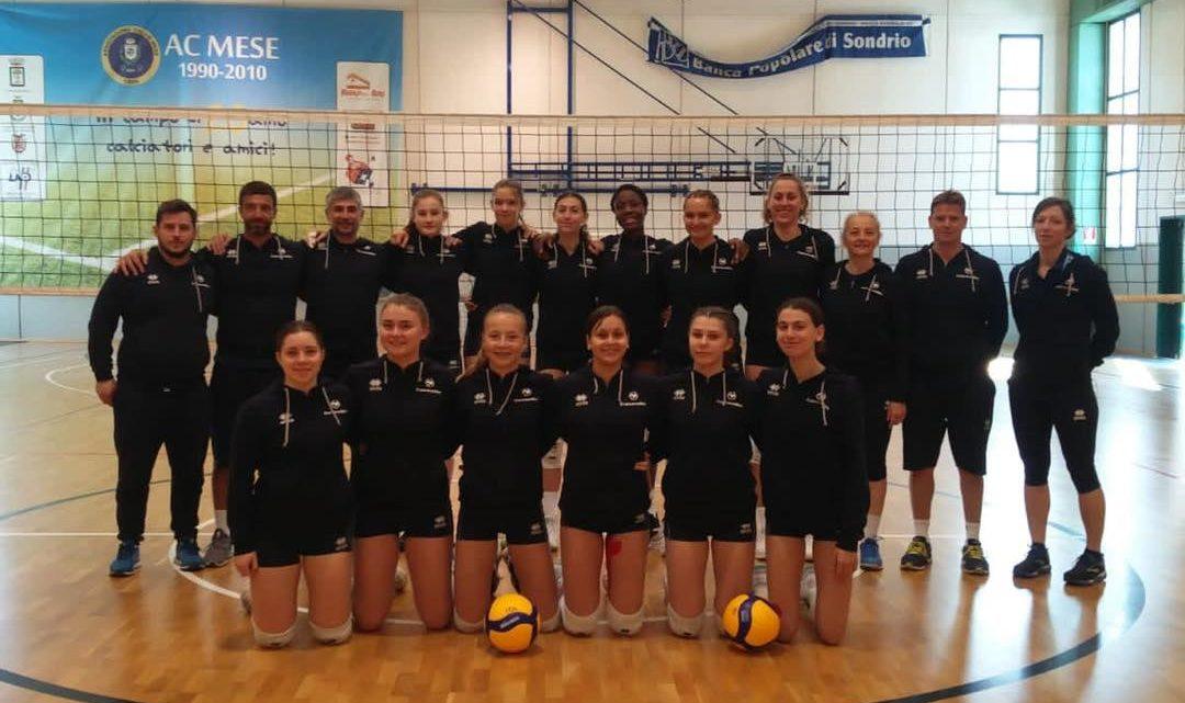 Les jeunes françaises de l'Equipe de France U16F gagnent leur premier match du Championnat d'Europe WEVZA